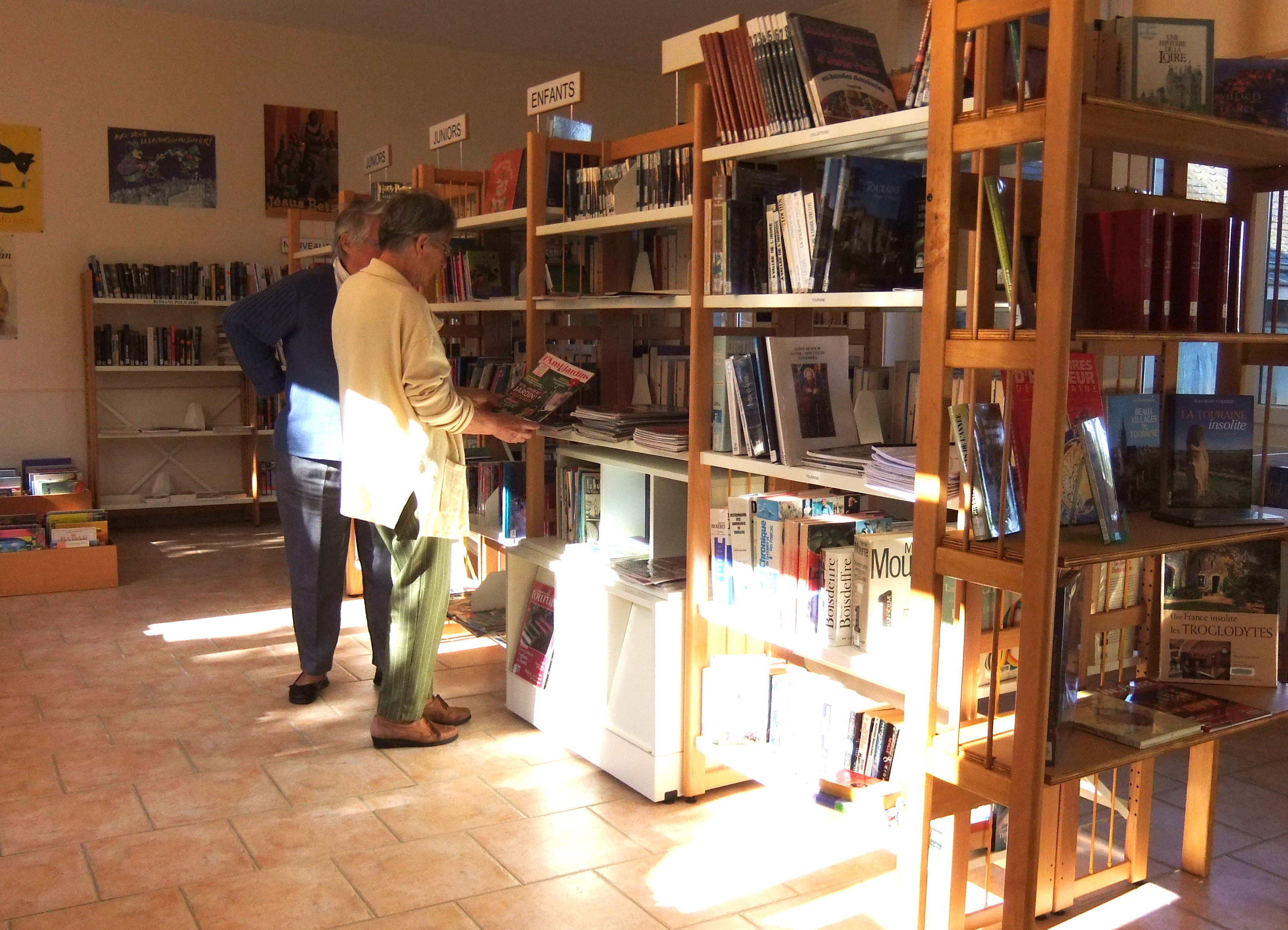 divers/biblioth-que-oct-2011.jpg